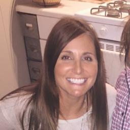 Nicole Shealer